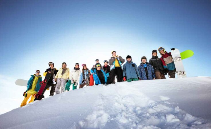 wintersport met vriendengroep